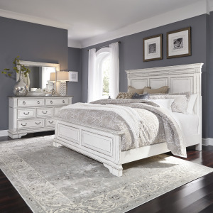 Abbey Park King California Panel Bed, Dresser & Mirror