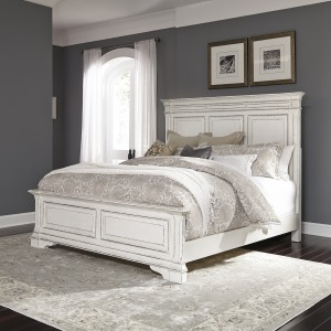 Abbey Park King Panel Bed
