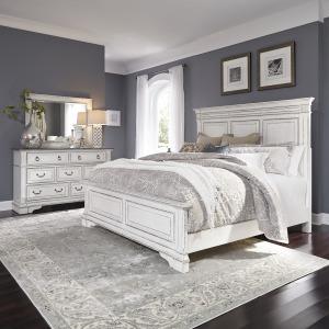 Abbey Park Queen Panel Bed, Dresser & Mirror