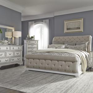 Abbey Park Queen Uph Sleigh Bed, Dresser & Mirror, Chest