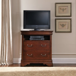 Carriage Court Media Chest