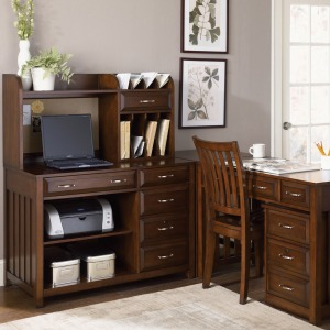 Hampton Bay Complete Desk