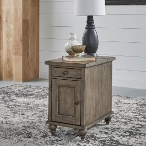 Americana Farmhouse Chair Side Table