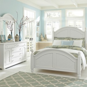 Summer House King Poster Bed, Dresser & Mirror
