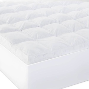 "Twin XL Isolus 3"" Down Alternative Mattress Topper"