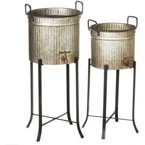 Distressed Faucet Planter on Stand set/2.