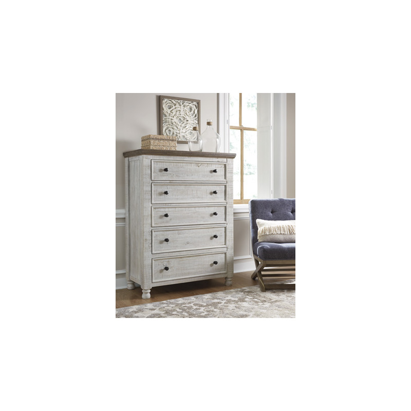 Havalance Chest of Drawers