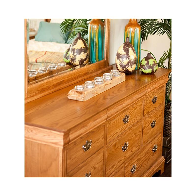 Edinburgh Triple Dresser