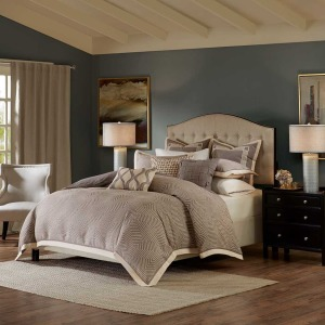 Shades of Grey Comforter Set -Queen