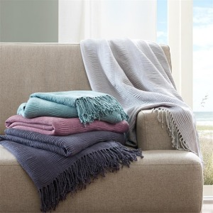 Reeve Ruched Throw Purple