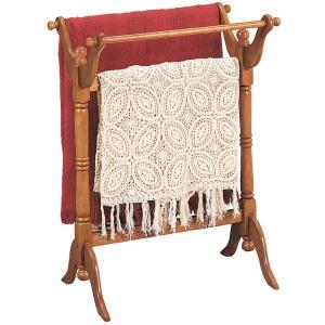 Nostalgic Oak Blanket Rack