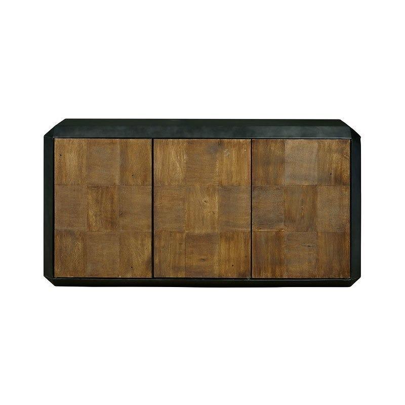 P050430-chest-1.jpg