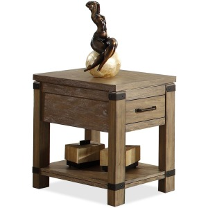 Bay Cliff Chairside Table