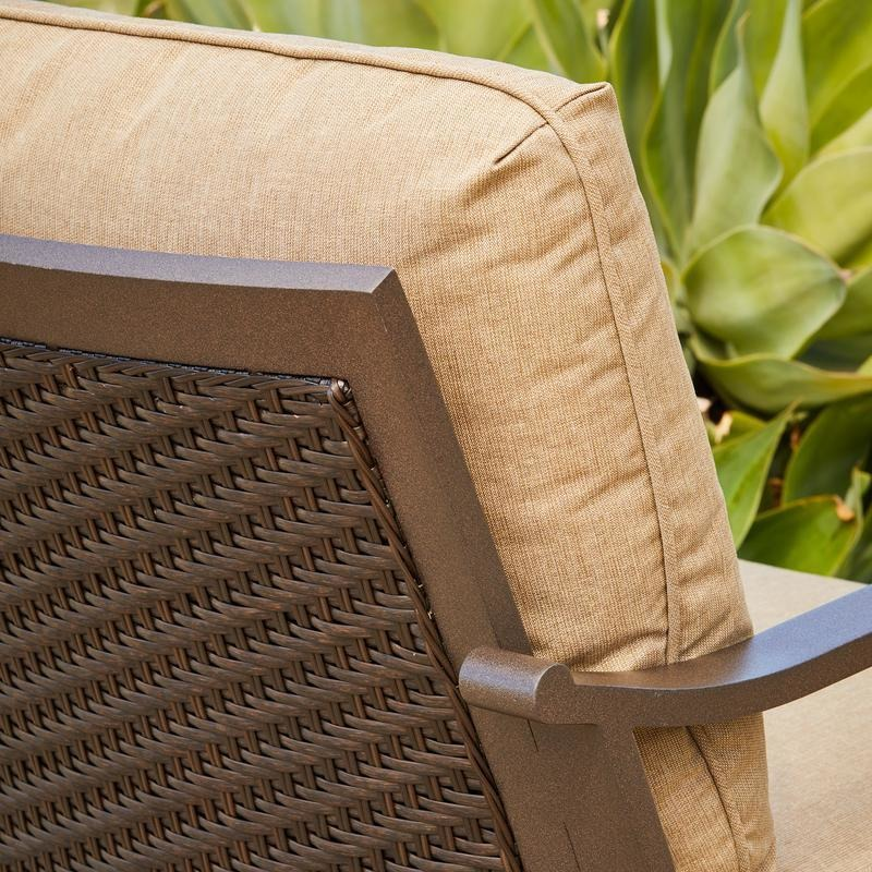 Milano_DeepSeating_Chair_Details_10212_800x800.jpg