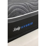 Sealy-Hybrid_Premium_Z13_GoldChill_UP_LabelDetail_Angle_Queen_Sept17_5x7_7_18_2019_12_03_32_PM.jpg