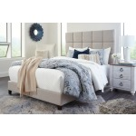 Dolante Queen Upholstered Bed