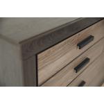 Harlinton Dresser