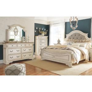 Realyn 5PC Queen Bedroom Set