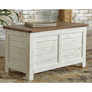 DASHBURY ANTIQUE WHITE TRUNK