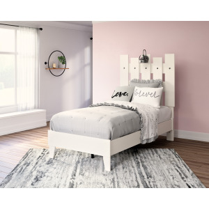 Vaibryn Twin Panel Bed