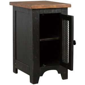 Valebeck Chairside End Table