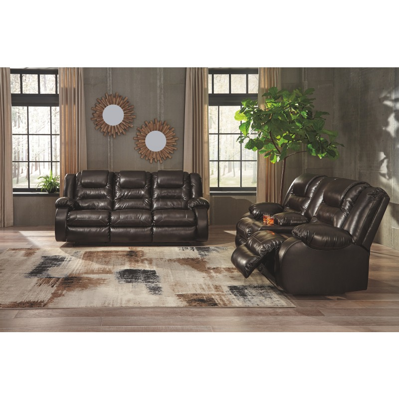Remarkable Vacherie Reclining Loveseat With Console By Signature Design Short Links Chair Design For Home Short Linksinfo
