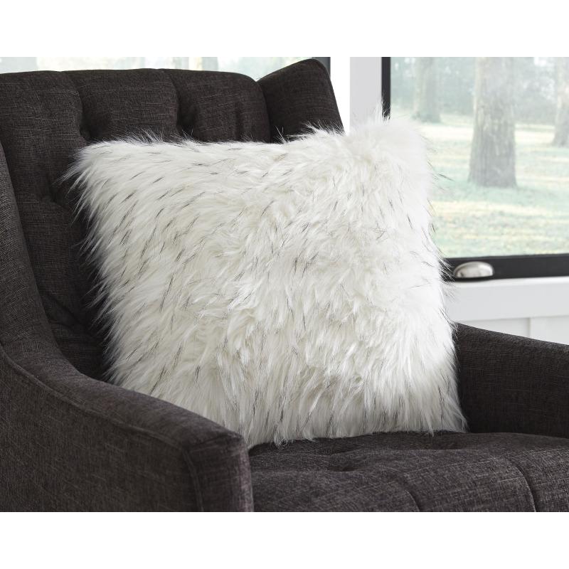 Calisa Pillow (Set of 4)