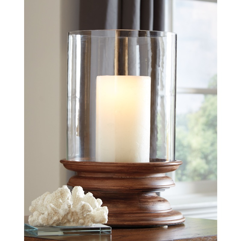 Dougal Candle Holder
