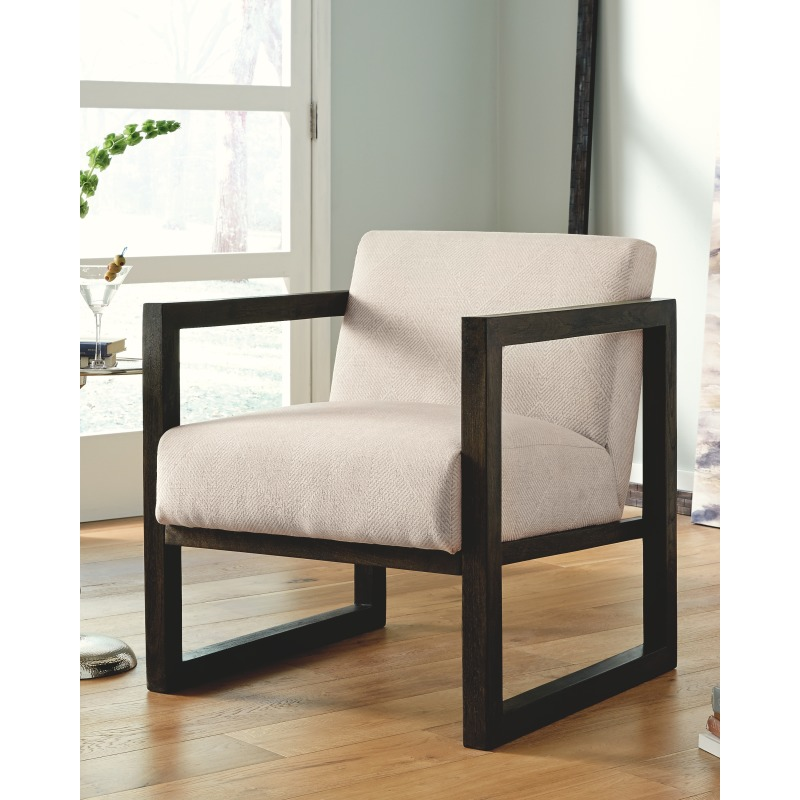 Alarick Accent Chair