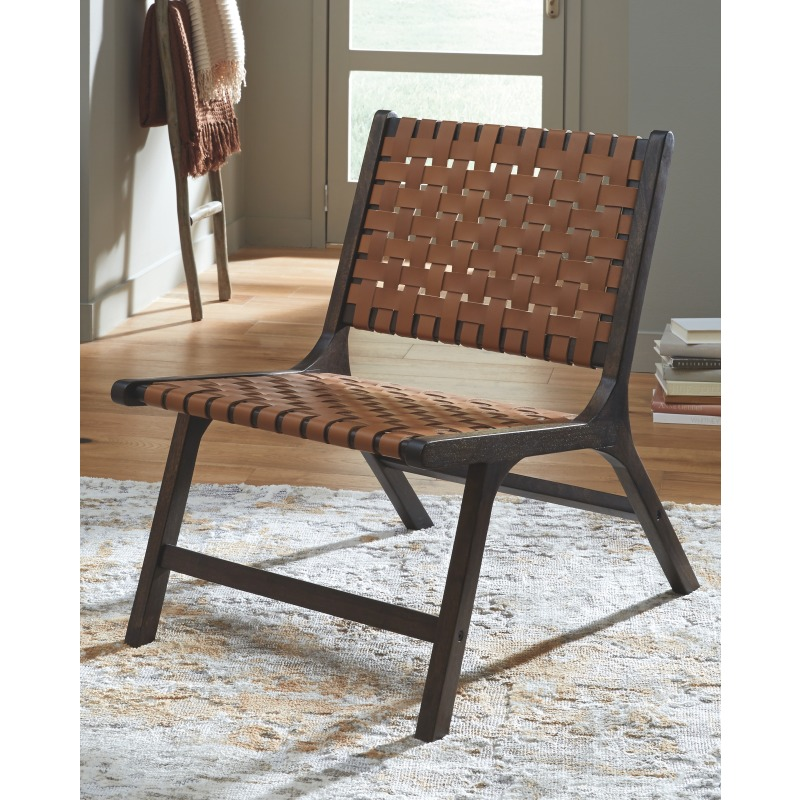 Fayme Accent Chair
