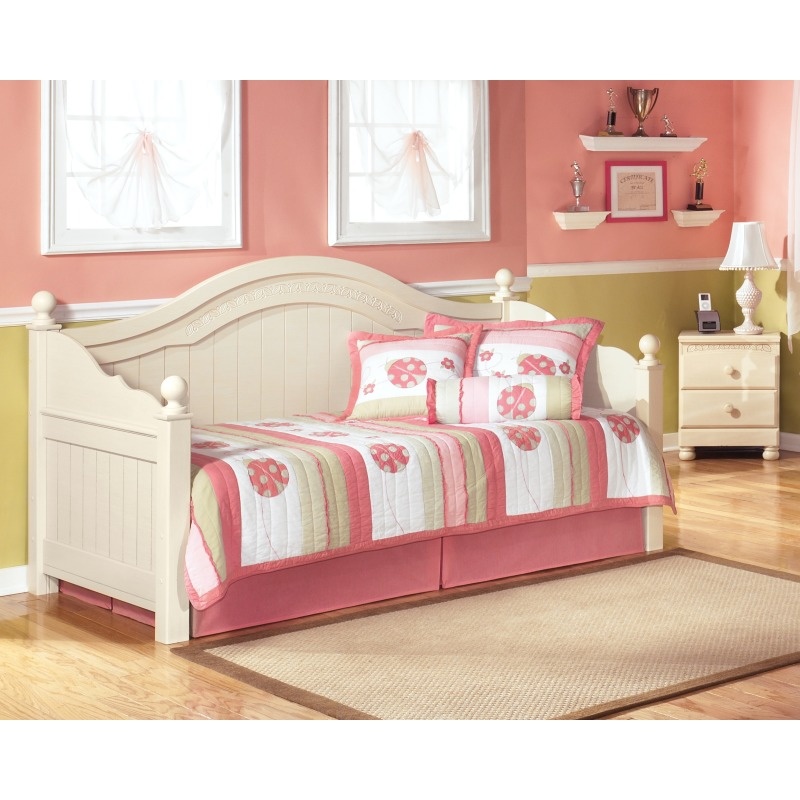 Cottage Retreat Day Bed