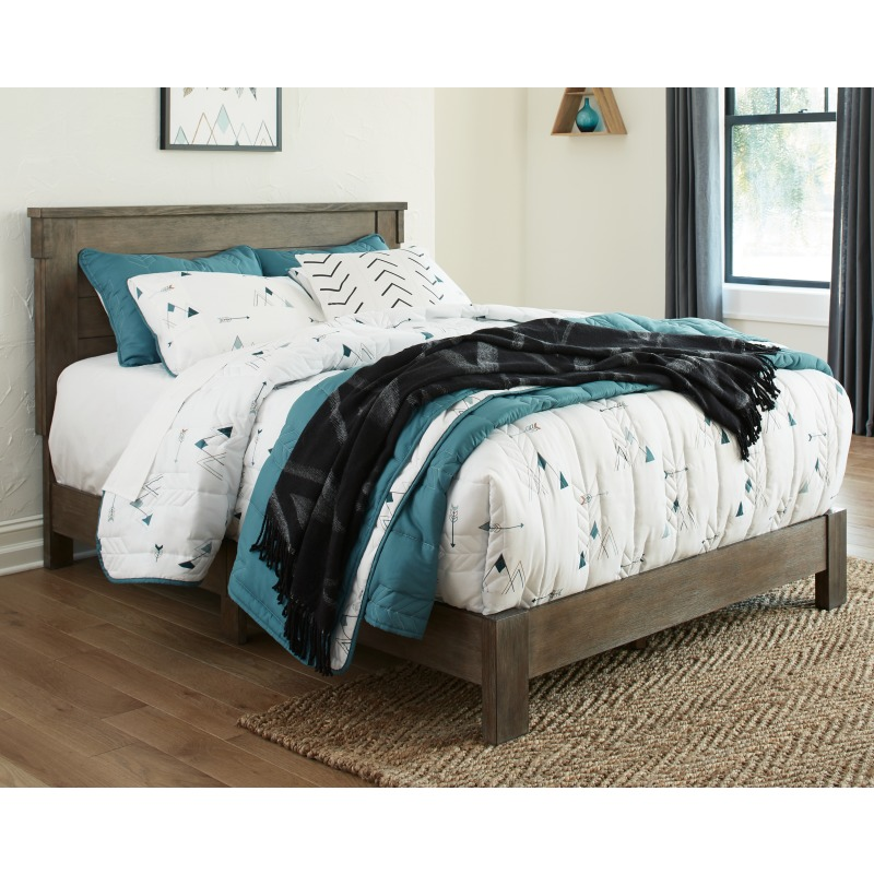 Shamryn Full Panel Bed