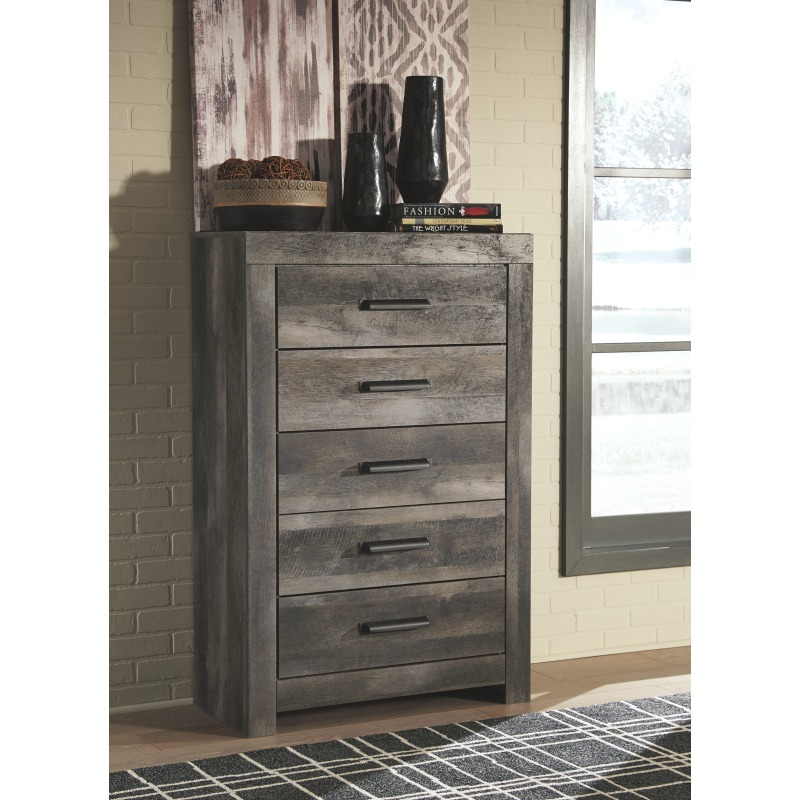 Wynnlow Chest of Drawers