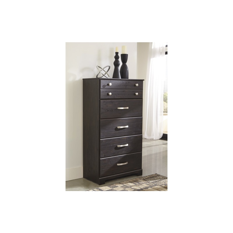 Reylow Chest of Drawers