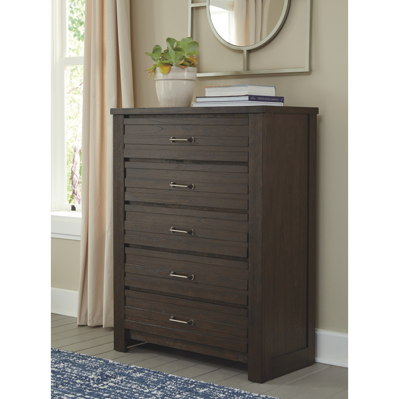 Darbry Chest of Drawers