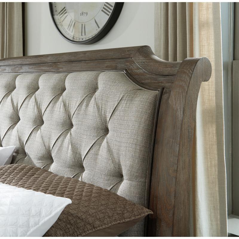 Wyndahl California King Upholstered Panel Bed
