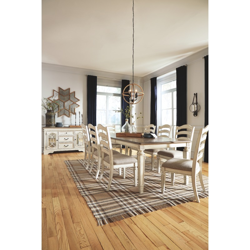 Realyn Dining Room Table