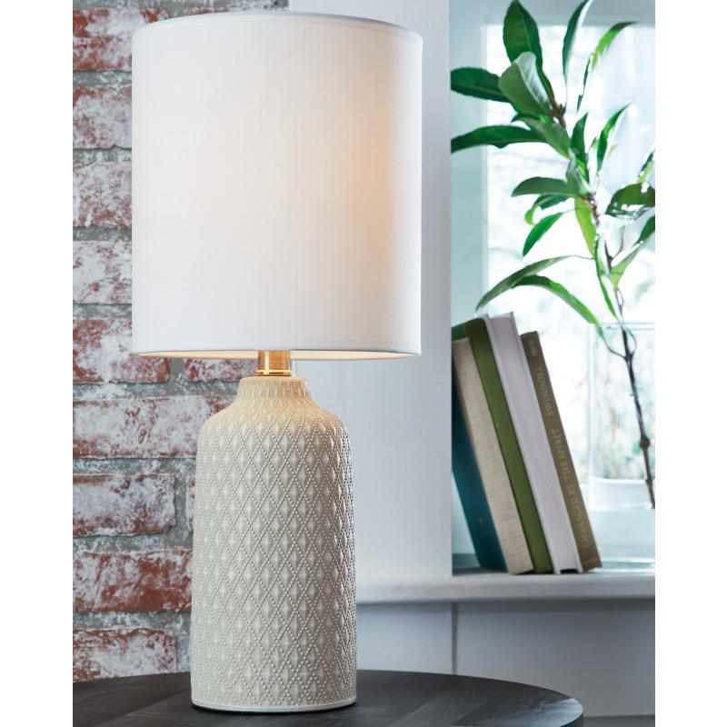 Donnford Table Lamp