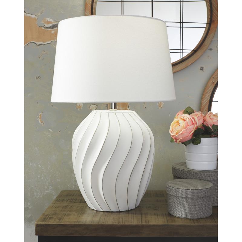 Hidago Table Lamp