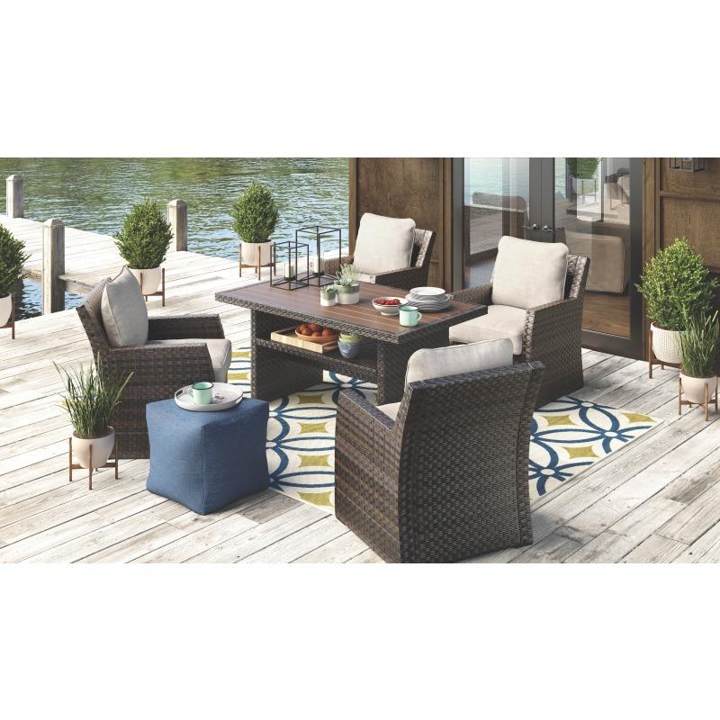 Salceda Lounge Chair with Cushion