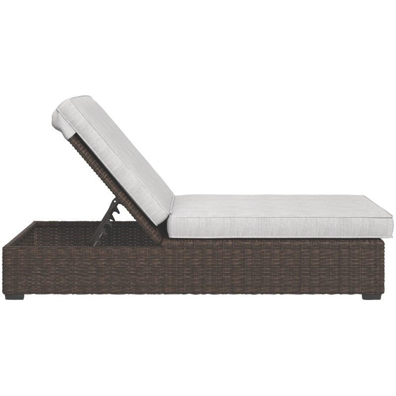 Alta Grande Chaise Lounge with Cushion