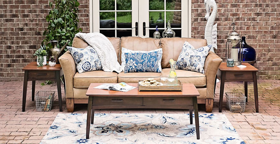 Oakwood traditional handcrafted living room