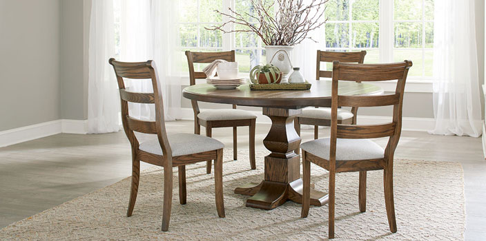 Palettes of Winesburg Dining Set