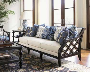 accent pillows on Lexington sofa