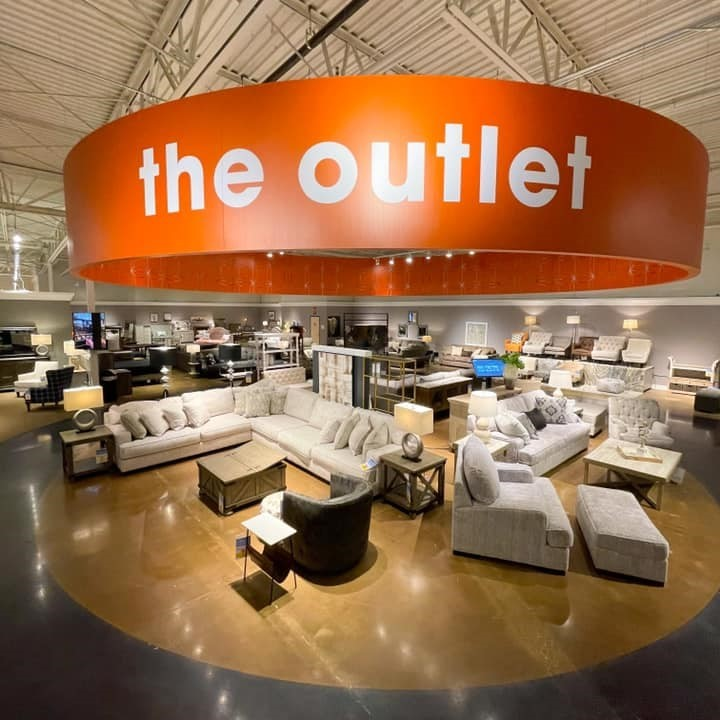 the outlet in store