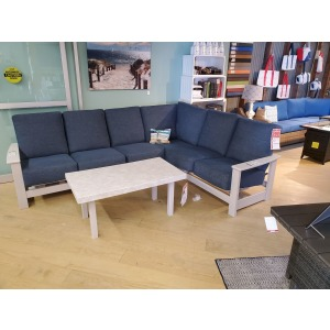 4 pc sectional Package