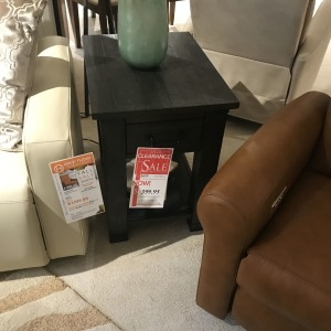 RECT.END TABLE W/1 DRAWER