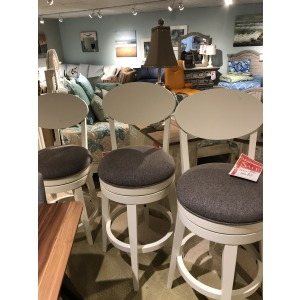Bar Stool (3 in stock)