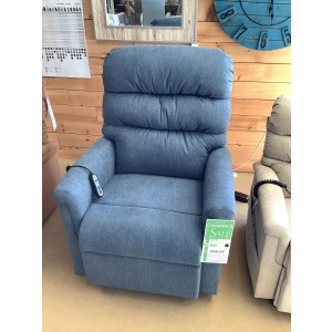 LARGE LIFT RECLINER W/2 MOTORS