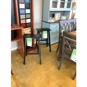 PAIR OF BAR HEIGH STOOLS